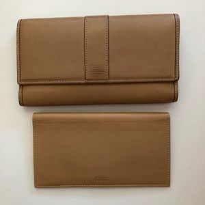 Authentic Coach Leather Wallet & Checkbook Holder